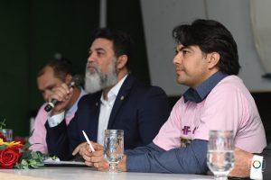 Jorge Vianna fala importância de o governo ouvir os serviores - Foto: Wilter Moreira